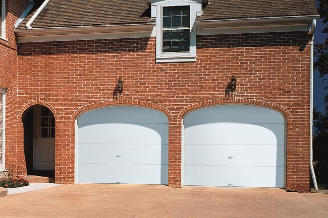 modern-steel-garage-door-t42f-solid