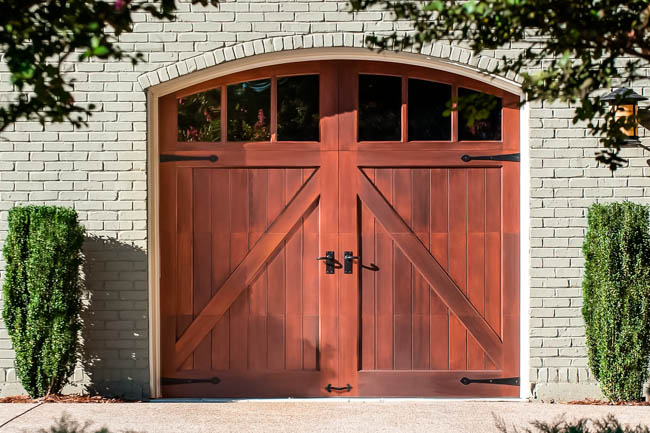 Carriage Style Insulated Garage Doors Clopay Reserve Wood